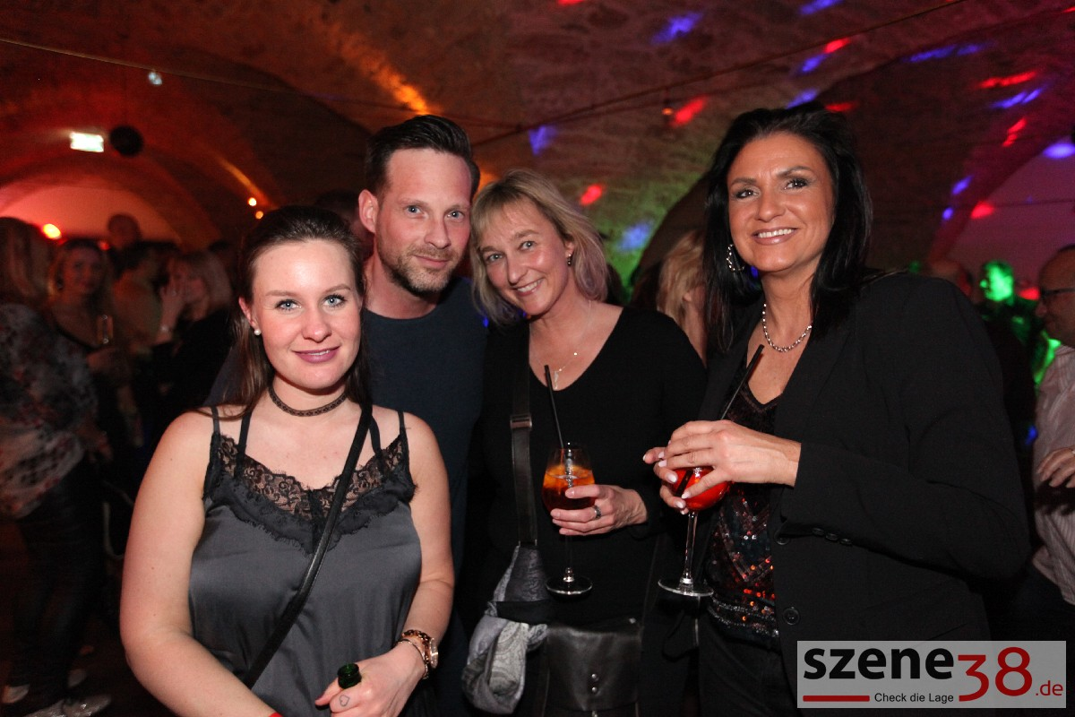 Ü30 single party essen